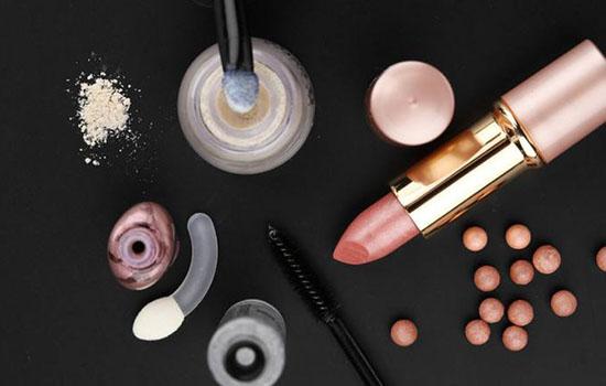 过期化妆品属于什么垃圾?使用过期化妆品有哪些危害? 不小心用了过期化妆品出现过敏怎么办?