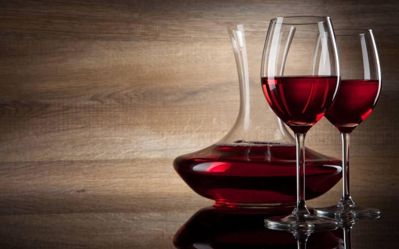 红酒面膜适合什么皮肤 红酒面膜有哪些功效与作用