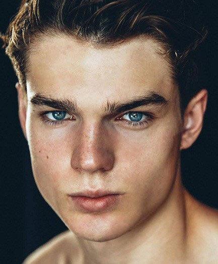 男士面膜新法则 使用男士面膜需记住四要点